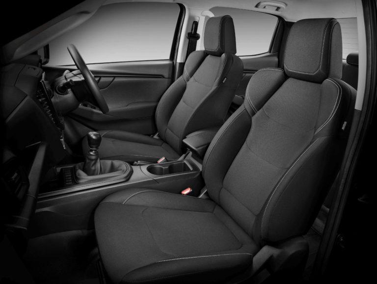 Isuzu-D-MAX-21MY-SX-Front-Seat-Fabric